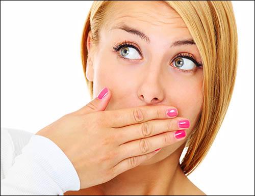 как убрать запах какашек изо рта