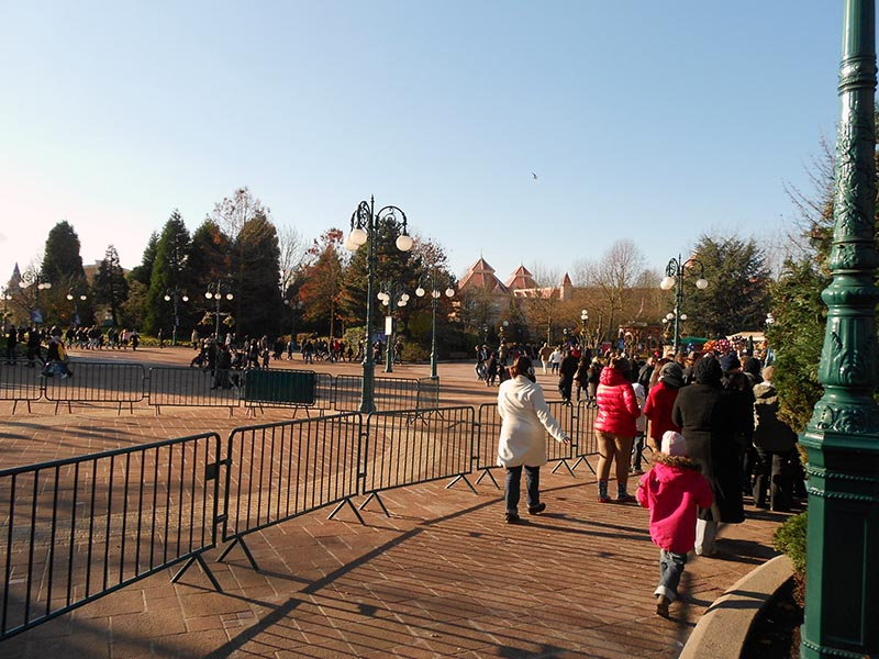 paris-disneyland-08