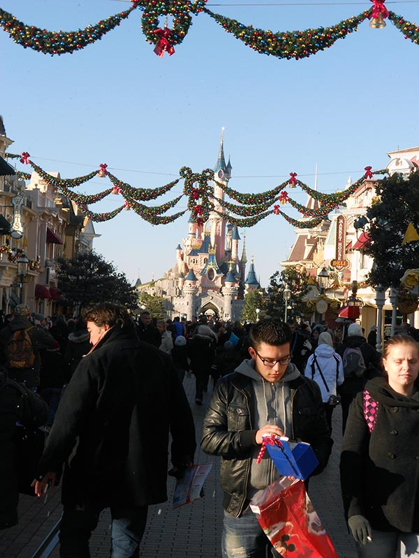 paris-disneyland-16