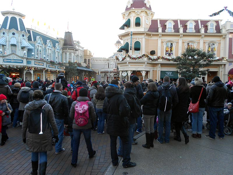 paris-disneyland-33