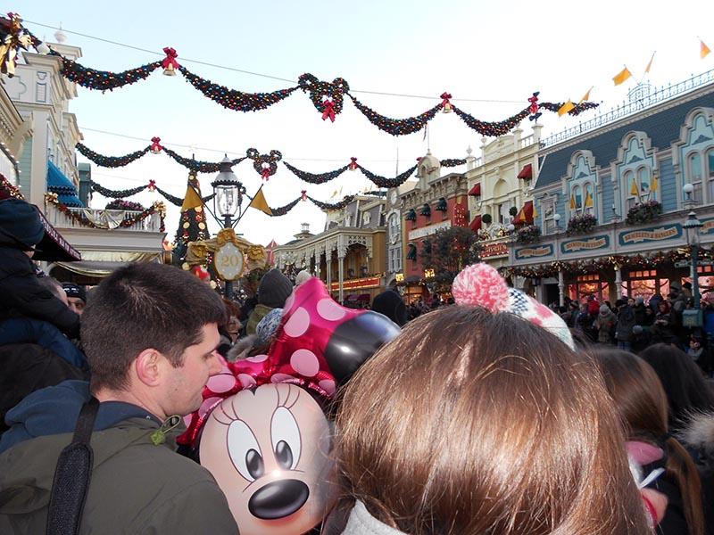 paris-disneyland-36